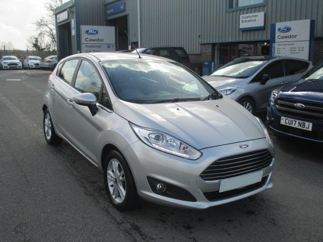 nearly-new-fiesta-zetec