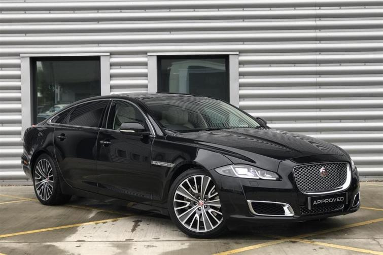 Jaguar XJ review | Auto Express on
