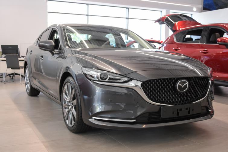 Mazda 6 automatic review | Auto Express