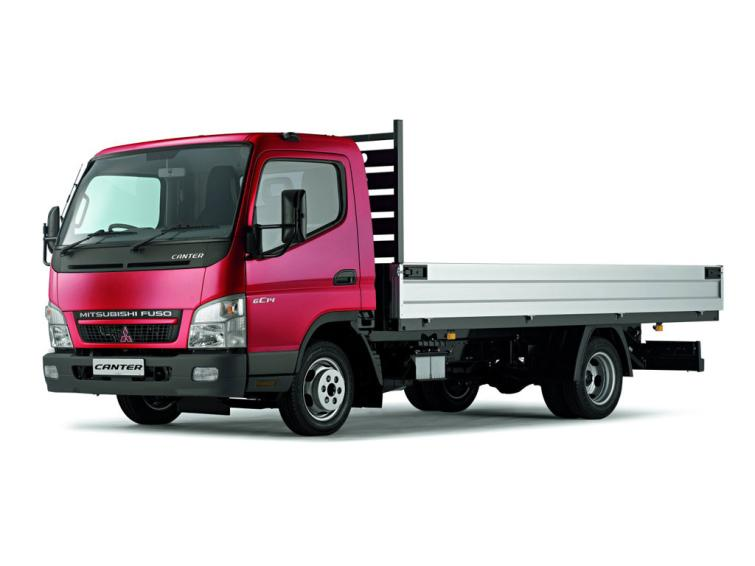 New Mitsubishi Fuso Canter Chassis Cab 3c13-30 UK Car