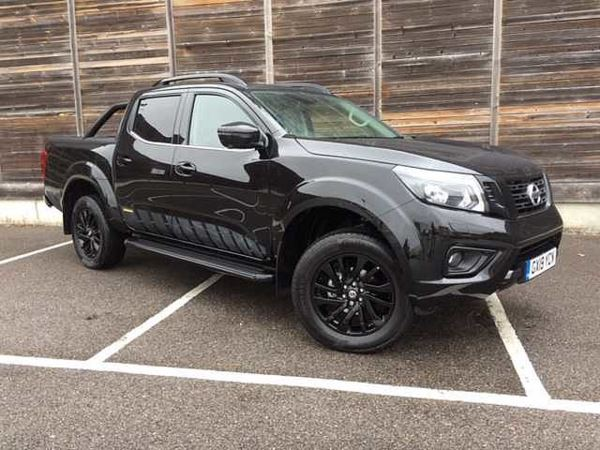 Nissan Navara Double Cab Pick Up Tekna 2 3dci 190 4wd Auto Diesel Double Cab Pick Nissan Navara Double Cab Pick Up Tekna 2 3dci 190 4wd Auto Diesel Used Pick Up Truck In Silver 2017 17 28049miles 21000 0 504 97 Per Month