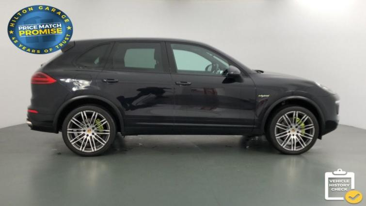 Used Porsche Cayenne review | Auto Express