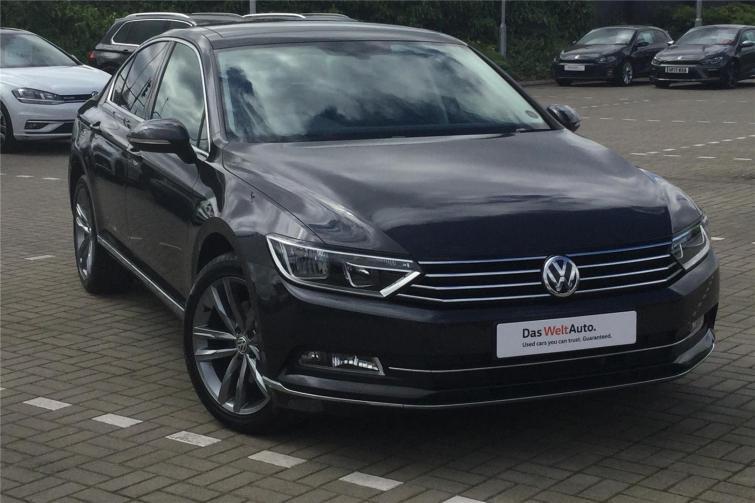 Volkswagen Passat GTE (2015-2018) review   Carbuyer
